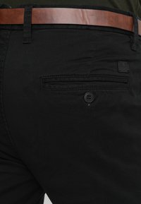 Jack & Jones - JJICODY JJSPENCER  - Pantalones chinos - black - 5
