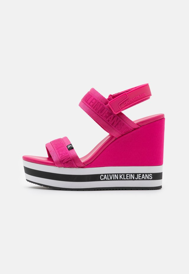 WEDGE SLING - Sandali con plateau - party pink