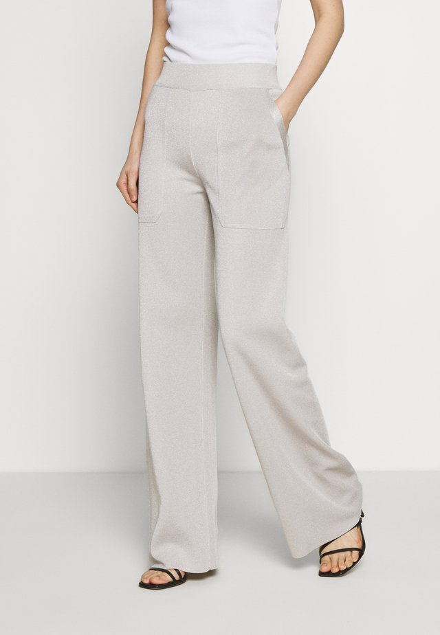 TROUSERS - Trousers - sand dune