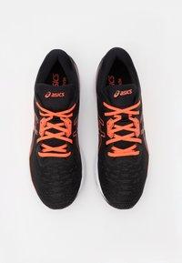 ASICS - EVORIDE - Chaussures de running neutres - black/sunrise red - 3