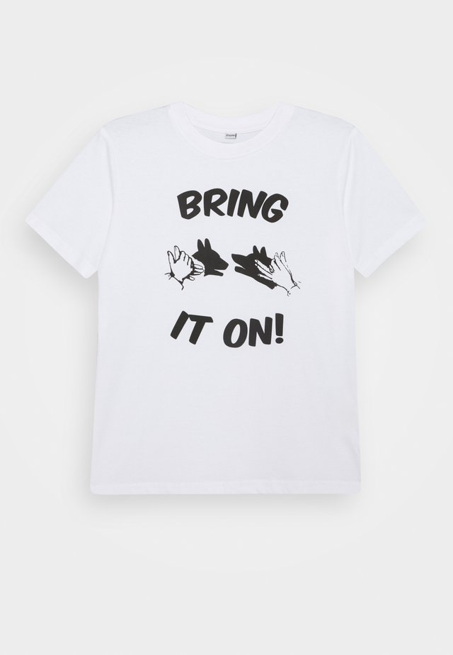KIDS BRING IT ON TEE - T-shirts med print - white