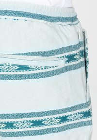 Roark - Shorts - light blue - 4