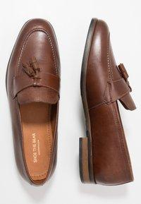 Shoe The Bear - VICENTE - Smart slip-ons - tan - 1