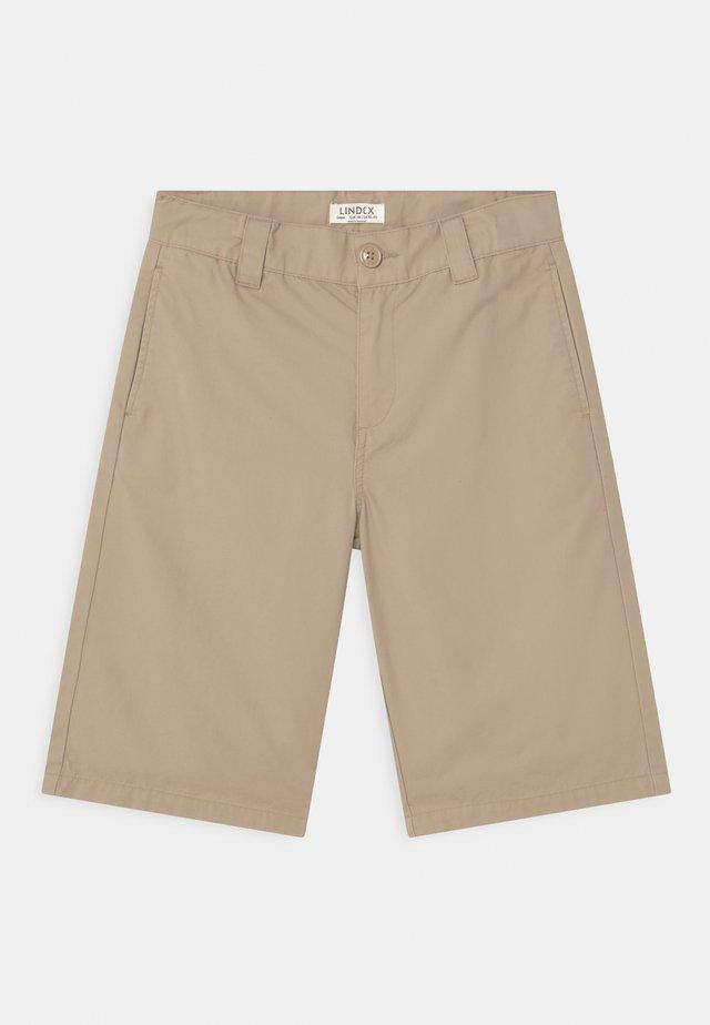 LOOSE SKATE FIT WIDER LEG - Shorts - beige
