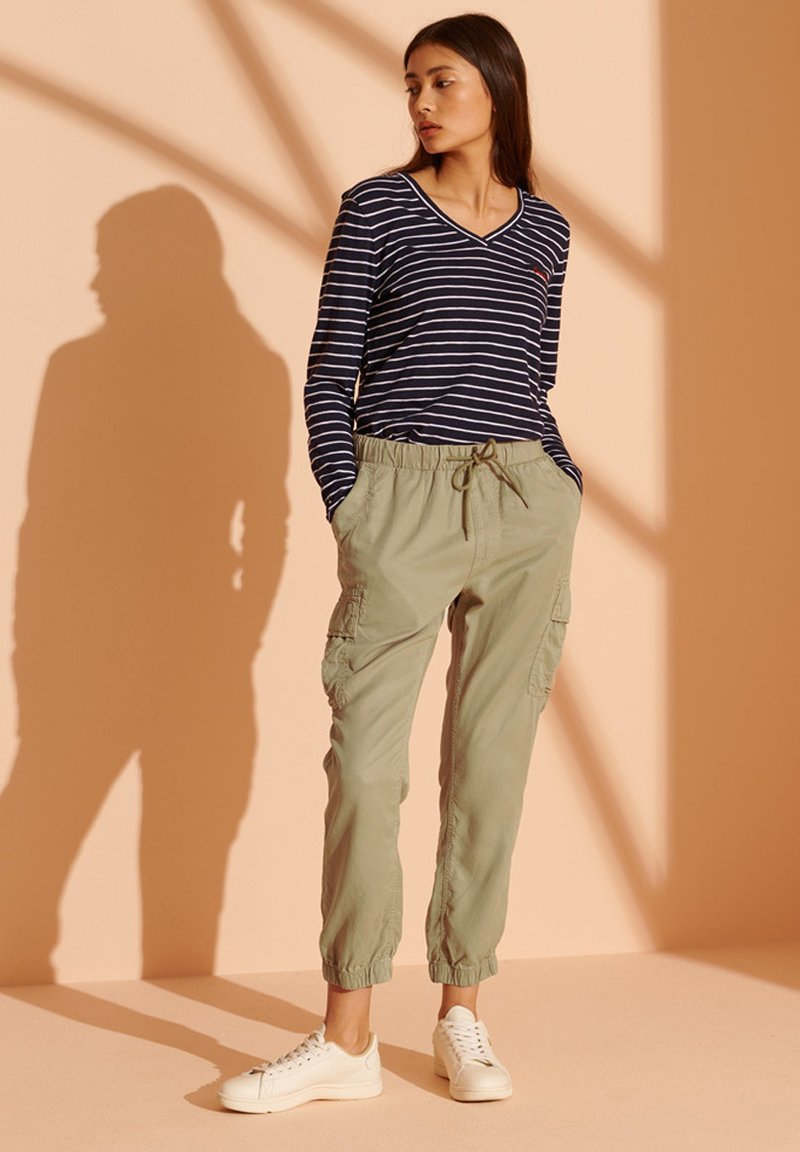 Superdry - Cargo trousers - dark olive