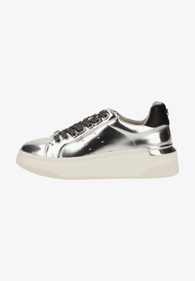 Sneaker low - silver metallic sme