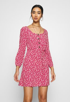 PLACKET - Day dress - red