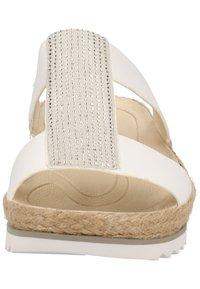 Gabor - PANTOLETTEN - Wedge sandals - weiss/ice 20 - 5