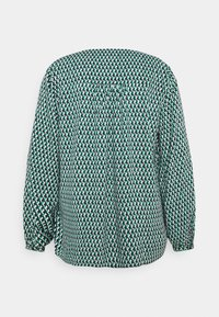 Tommy Hilfiger Curve - POPLIN BLOUSE - Blouse - court side geo/primary green - 1