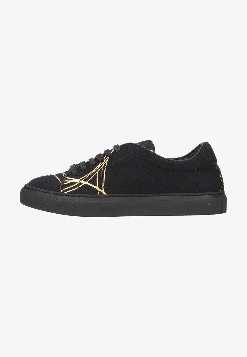 Living Kitzbühel - Sneakers laag - schwarz/gold