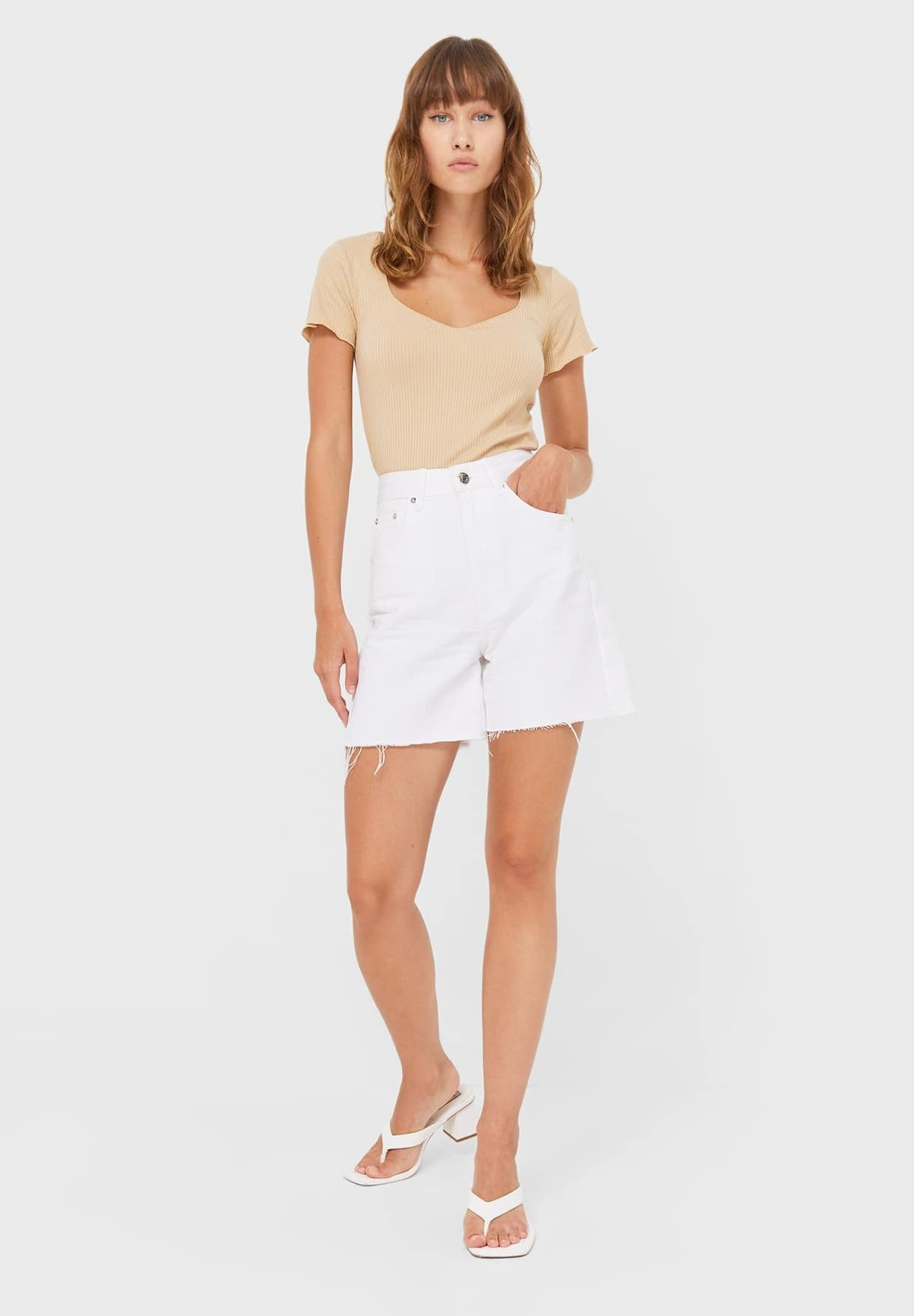 Damen MIT HERZAUSSCHNITT - T-Shirt basic