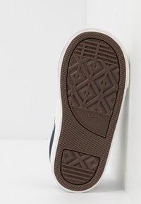 Converse - STAR PLAYER - Sneakersy niskie - obsidian/vintage white - 5
