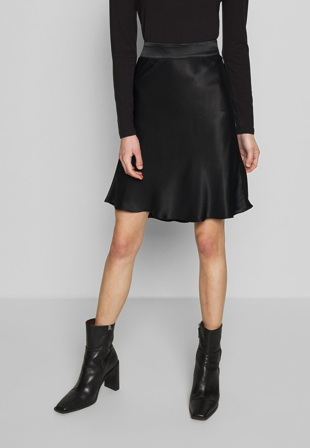 EDDY SHORT SKIRT - A-linjainen hame - black