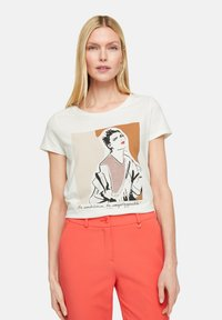 comma - Print T-shirt - white placed print - 3