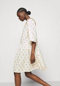 Stella Nova - Denní šaty - simple follows - 5