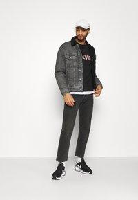 Calvin Klein Jeans - SHERPA JACKET - Jeansjacka - denim grey - 1