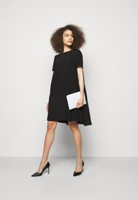 KARL LAGERFELD - DRESS PLEATED BACK - Cocktail dress / Party dress - black - 1