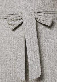 Even&Odd - BASIC - Ribbed short sleeves belted jumpsuit - Jumpsuit - mottled grey - 4