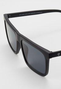 CHPO - BRUCE - Sunglasses - black - 2
