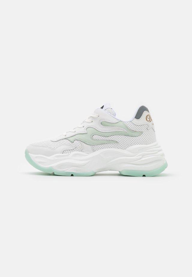 EYZA - Sneakers laag - white