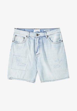 MIT RISSEN - Denim shorts - blue-grey