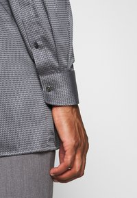 OLYMP Luxor - OLYMP LUXOR COMFORT FIT  - Overhemd - grey - 4