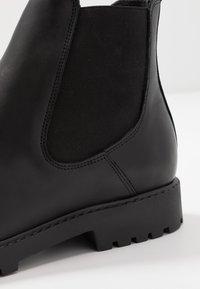 Zign - Kotníkové boty - black - 5