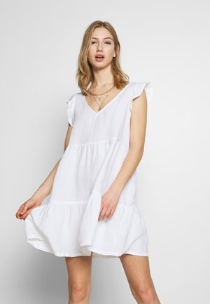 TINSLEY TIERED DRESS - Denní šaty - chalk white