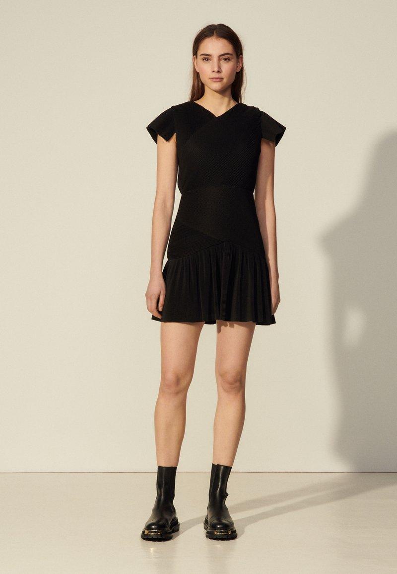 sandro - ODETTE - Cocktail dress / Party dress - noir