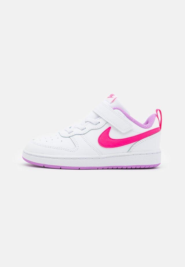 COURT BOROUGH 2  - Baskets basses - white/hyper pink/fuchsia glow