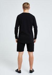 Illusive London Juniors - Shorts - black - 2