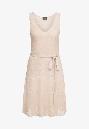ABITO MAGLIA  - Vestido de punto - cloud rose lux