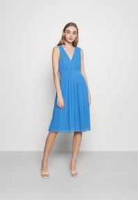 Pepe Jeans - NORMA - Vestido de cóctel - bright blue - 1