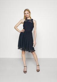 Vila - VIZINNA NEW DRESS - Vestido de cóctel - navy blazer - 1