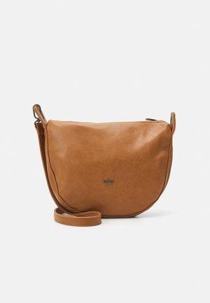 NORIE - Across body bag - caramel
