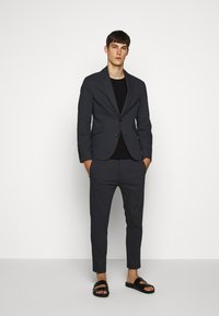 DRYKORN - JEGER - Suit trousers - blau - 1