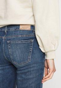 Marc O'Polo - TROUSER MID WAIST - Straight leg jeans - blue denim - 3