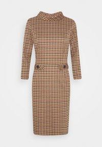 More & More - DRESS SHORT - Sukienka etui - soft caramel multicolor - 0