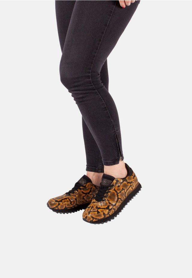 YDUN SNAKE - Sneakersy niskie - yellow