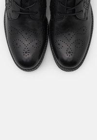 Gabor - Šněrovací vysoké boty - schwarz - 5