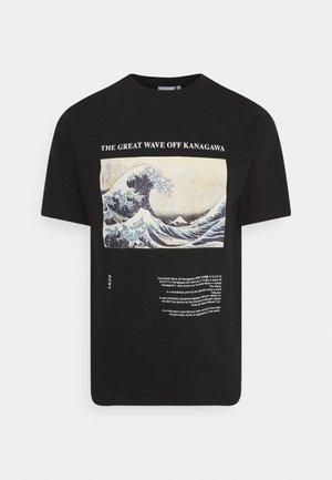 WAVE - Print T-shirt - black
