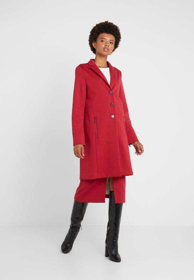 COAT CANUDY - Classic coat - rouge/eggshell
