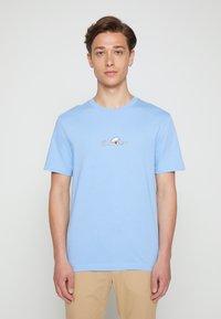 Calvin Klein - SUMMER CENTER LOGO - T-Shirt print - blue - 0