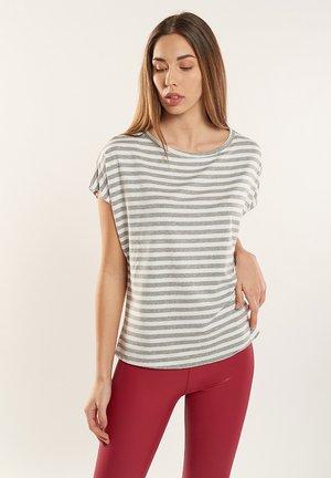 MORGANA - T-shirt print - light grey, off white