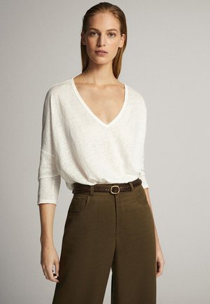 MIT V-AUSSCHNITT - Long sleeved top - white