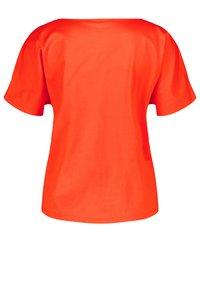 Gerry Weber - Print T-shirt - sundown - 1