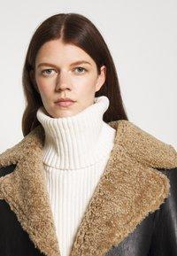 STUDIO ID - KATHERINE CONTRAST POCKET COAT  - Leather jacket - black/cream - 3