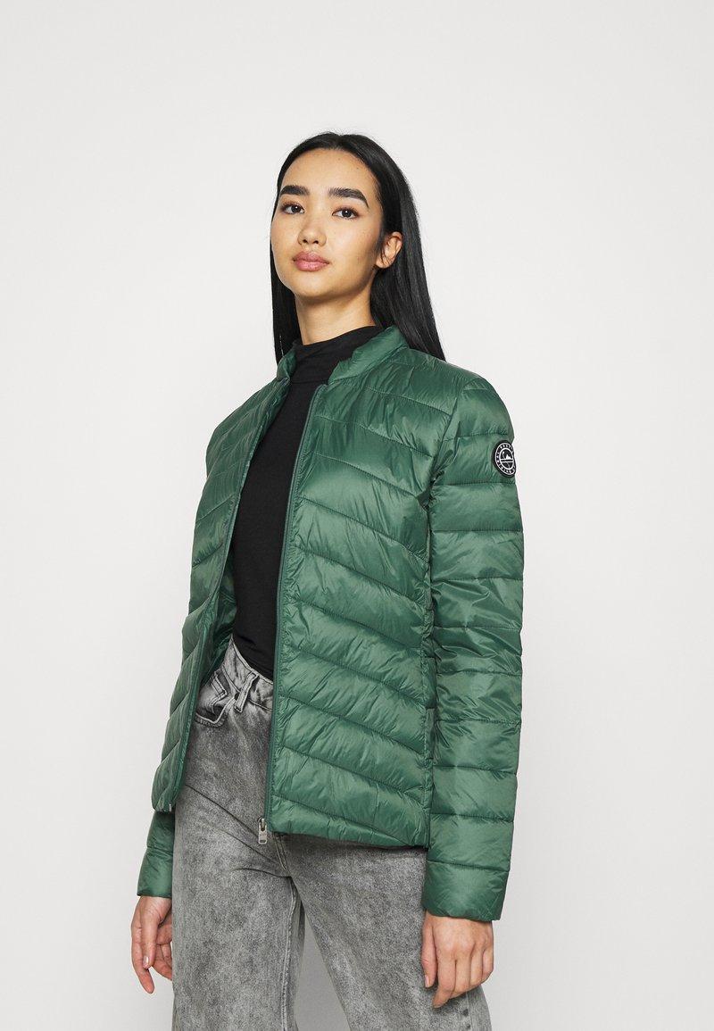 Roxy - COAST ROAD - Light jacket - cilantro
