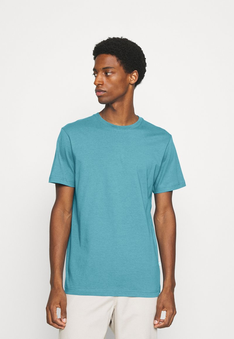 Selected Homme - SLHNORMAN O NECK TEE  - Basic T-shirt - bluejay