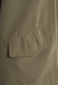 ONLY Tall - ONLSKYLAR HOOD JACKET - Summer jacket - kalamata - 2